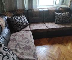 Кожен диван