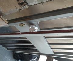 Метална решетка-врата